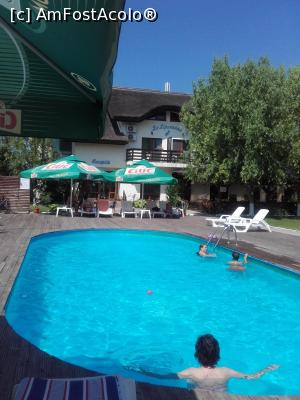 "P01 [JUN-2017] piscina unde ne-am relaxat -- foto by <b>aurora56</b> [uploaded 06.07.17] - <span class=""allrVotedi"" id=""av872704"">Foto VOTATĂ de mine!</span><div class=""delVotI"" id=""sv872704""><a href=""/pma_sterge_vot.php?vid=&fid=872704"">Şterge vot</a></div><span id=""v9872704"" class=""displayinline;""> - <a style=""color:red;"" href=""javascript:votez(872704)""><b>LIKE</b> = Votează poza</a><img class=""loader"" id=""f872704Validating"" src=""/imagini/loader.gif"" border=""0"" /><span class=""AjErrMes""  id=""e872704MesajEr""></span>"