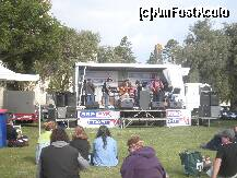 "P18 [DEC-2010] Port Fairy gazda festivalurilor folk din Australia -- foto by <b>grecudoina</b> [uploaded 01.12.11] - <span class=""allrVotedi"" id=""av279510"">Foto VOTATĂ de mine!</span><div class=""delVotI"" id=""sv279510""><a href=""/pma_sterge_vot.php?vid=&fid=279510"">Şterge vot</a></div><span id=""v9279510"" class=""displayinline;""> - <a style=""color:red;"" href=""javascript:votez(279510)""><b>LIKE</b> = Votează poza</a><img class=""loader"" id=""f279510Validating"" src=""/imagini/loader.gif"" border=""0"" /><span class=""AjErrMes""  id=""e279510MesajEr""></span>"