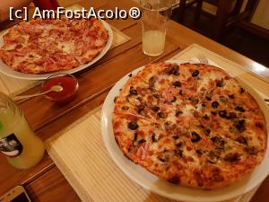 "P08 [NOV-2019] Cele două pizza pe care le-am comandat în prima seară.  -- foto by <b>Crazy_Mouse</b> [uploaded 10.11.19] - <span class=""allrVotedi"" id=""av1124168"">Foto VOTATĂ de mine!</span><div class=""delVotI"" id=""sv1124168""><a href=""/pma_sterge_vot.php?vid=&fid=1124168"">Şterge vot</a></div><span id=""v91124168"" class=""displayinline;""> - <a style=""color:red;"" href=""javascript:votez(1124168)""><b>LIKE</b> = Votează poza</a><img class=""loader"" id=""f1124168Validating"" src=""/imagini/loader.gif"" border=""0"" /><span class=""AjErrMes""  id=""e1124168MesajEr""></span>"