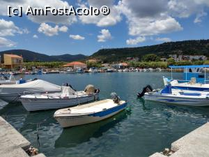 "P22 [JUL-2018] Skala Kidonion, vedere din port.  -- foto by <b>maryka</b> [uploaded 25.07.18] - <span class=""allrVotedi"" id=""av990657"">Foto VOTATĂ de mine!</span><div class=""delVotI"" id=""sv990657""><a href=""/pma_sterge_vot.php?vid=&fid=990657"">Şterge vot</a></div><span id=""v9990657"" class=""displayinline;""> - <a style=""color:red;"" href=""javascript:votez(990657)""><b>LIKE</b> = Votează poza</a><img class=""loader"" id=""f990657Validating"" src=""/imagini/loader.gif"" border=""0"" /><span class=""AjErrMes""  id=""e990657MesajEr""></span>"