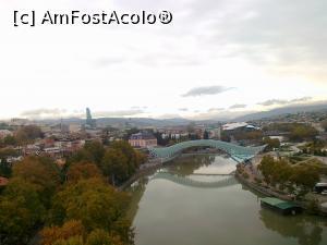 P16 <small>[înc: 21.11.16]</small> Tbilisi - Podul Păcii văzut din telecabină