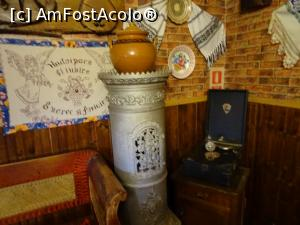 "P06 [MAY-2019] Un colț din restaurantul Rustiq din Sântimbru.  -- foto by <b>tata123</b> [uploaded 16.05.19] - <span class=""allrVotedi"" id=""av1070837"">Foto VOTATĂ de mine!</span><div class=""delVotI"" id=""sv1070837""><a href=""/pma_sterge_vot.php?vid=&fid=1070837"">Şterge vot</a></div><span id=""v91070837"" class=""displayinline;""> - <a style=""color:red;"" href=""javascript:votez(1070837)""><b>LIKE</b> = Votează poza</a><img class=""loader"" id=""f1070837Validating"" src=""/imagini/loader.gif"" border=""0"" /><span class=""AjErrMes""  id=""e1070837MesajEr""></span>"