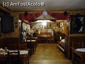 "P08 [MAY-2019] Interior rustic - Restaurant Rustiq din Sântimbru.  -- foto by <b>tata123</b> [uploaded 16.05.19] - <span class=""allrVotedi"" id=""av1070840"">Foto VOTATĂ de mine!</span><div class=""delVotI"" id=""sv1070840""><a href=""/pma_sterge_vot.php?vid=&fid=1070840"">Şterge vot</a></div><span id=""v91070840"" class=""displayinline;""> - <a style=""color:red;"" href=""javascript:votez(1070840)""><b>LIKE</b> = Votează poza</a><img class=""loader"" id=""f1070840Validating"" src=""/imagini/loader.gif"" border=""0"" /><span class=""AjErrMes""  id=""e1070840MesajEr""></span>"