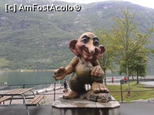 "P19 [AUG-2016] Troll-ul din portul Geiranger -- foto by <b>Aurici</b> [uploaded 12.09.16] - <span class=""allrVotedi"" id=""av788829"">Foto VOTATĂ de mine!</span><div class=""delVotI"" id=""sv788829""><a href=""/pma_sterge_vot.php?vid=&fid=788829"">Şterge vot</a></div><span id=""v9788829"" class=""displayinline;""> - <a style=""color:red;"" href=""javascript:votez(788829)""><b>LIKE</b> = Votează poza</a><img class=""loader"" id=""f788829Validating"" src=""/imagini/loader.gif"" border=""0"" /><span class=""AjErrMes""  id=""e788829MesajEr""></span>"