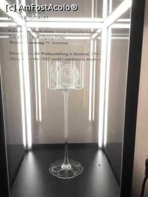 "P14 [NOV-2017] Riedel Glas Kufsein - Pahar expus la Expozitia internationala Montreal 1967 -- foto by <b>mishu</b> [uploaded 04.05.18] - <span class=""allrVotedi"" id=""av963693"">Foto VOTATĂ de mine!</span><div class=""delVotI"" id=""sv963693""><a href=""/pma_sterge_vot.php?vid=&fid=963693"">Şterge vot</a></div><span id=""v9963693"" class=""displayinline;""> - <a style=""color:red;"" href=""javascript:votez(963693)""><b>LIKE</b> = Votează poza</a><img class=""loader"" id=""f963693Validating"" src=""/imagini/loader.gif"" border=""0"" /><span class=""AjErrMes""  id=""e963693MesajEr""></span>"