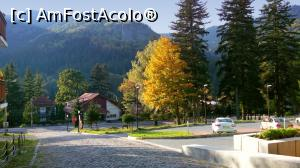 "P02 [OCT-2015] Parcarea din fața Hotelului O3zone din Băile Tușnad -- foto by <b>mariana.olaru</b> [uploaded 24.02.16] - <span class=""allrVotedi"" id=""av717543"">Foto VOTATĂ de mine!</span><div class=""delVotI"" id=""sv717543""><a href=""/pma_sterge_vot.php?vid=&fid=717543"">Şterge vot</a></div><span id=""v9717543"" class=""displayinline;""> - <a style=""color:red;"" href=""javascript:votez(717543)""><b>LIKE</b> = Votează poza</a><img class=""loader"" id=""f717543Validating"" src=""/imagini/loader.gif"" border=""0"" /><span class=""AjErrMes""  id=""e717543MesajEr""></span>"