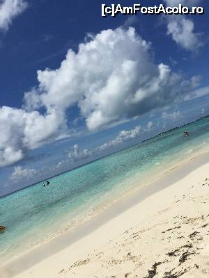 P02 [SEP-2015] Bikini Beach Maafushi
