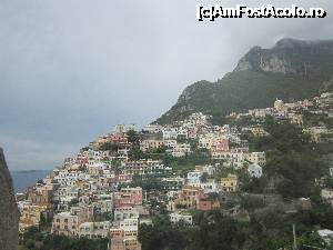 "P01 [OCT-2015] POSITANO - ireal -- foto by <b>bica adriana</b> [uploaded 30.11.15] - <span class=""allrVotedi"" id=""av695208"">Foto VOTATĂ de mine!</span><div class=""delVotI"" id=""sv695208""><a href=""/pma_sterge_vot.php?vid=&fid=695208"">Şterge vot</a></div><span id=""v9695208"" class=""displayinline;""> - <a style=""color:red;"" href=""javascript:votez(695208)""><b>LIKE</b> = Votează poza</a><img class=""loader"" id=""f695208Validating"" src=""/imagini/loader.gif"" border=""0"" /><span class=""AjErrMes""  id=""e695208MesajEr""></span>"