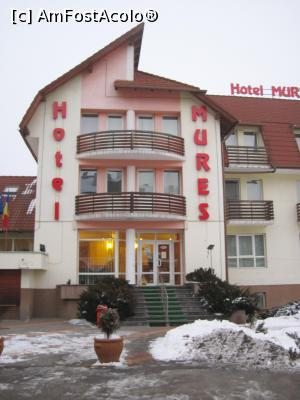 "P01 [JAN-2017] hotel Mures ***, Toplita -- foto by <b>Dana2008</b> [uploaded 14.02.17] - <span class=""allrVotedi"" id=""av833988"">Foto VOTATĂ de mine!</span><div class=""delVotI"" id=""sv833988""><a href=""/pma_sterge_vot.php?vid=&fid=833988"">Şterge vot</a></div><span id=""v9833988"" class=""displayinline;""> - <a style=""color:red;"" href=""javascript:votez(833988)""><b>LIKE</b> = Votează poza</a><img class=""loader"" id=""f833988Validating"" src=""/imagini/loader.gif"" border=""0"" /><span class=""AjErrMes""  id=""e833988MesajEr""></span>"