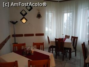 "P14 [JAN-2017] Hotel Mures***, Toplita, la restaurant -- foto by <b>Dana2008</b> [uploaded 14.02.17] - <span class=""allrVotedi"" id=""av834007"">Foto VOTATĂ de mine!</span><div class=""delVotI"" id=""sv834007""><a href=""/pma_sterge_vot.php?vid=&fid=834007"">Şterge vot</a></div><span id=""v9834007"" class=""displayinline;""> - <a style=""color:red;"" href=""javascript:votez(834007)""><b>LIKE</b> = Votează poza</a><img class=""loader"" id=""f834007Validating"" src=""/imagini/loader.gif"" border=""0"" /><span class=""AjErrMes""  id=""e834007MesajEr""></span>"