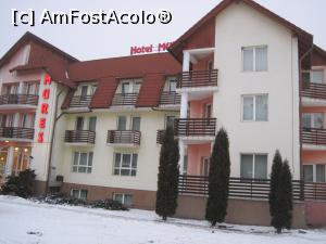 "P03 [JAN-2017] Hotel Mures***, Toplita -- foto by <b>Dana2008</b> [uploaded 14.02.17] - <span class=""allrVotedi"" id=""av833991"">Foto VOTATĂ de mine!</span><div class=""delVotI"" id=""sv833991""><a href=""/pma_sterge_vot.php?vid=&fid=833991"">Şterge vot</a></div><span id=""v9833991"" class=""displayinline;""> - <a style=""color:red;"" href=""javascript:votez(833991)""><b>LIKE</b> = Votează poza</a><img class=""loader"" id=""f833991Validating"" src=""/imagini/loader.gif"" border=""0"" /><span class=""AjErrMes""  id=""e833991MesajEr""></span>"