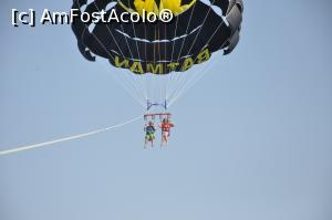 "P13 [AUG-2019] Parasailing -- foto by <b>mariana07</b> [uploaded 11.09.19] - <span class=""allrVotedi"" id=""av1106176"">Foto VOTATĂ de mine!</span><div class=""delVotI"" id=""sv1106176""><a href=""/pma_sterge_vot.php?vid=&fid=1106176"">Şterge vot</a></div><span id=""v91106176"" class=""displayinline;""> - <a style=""color:red;"" href=""javascript:votez(1106176)""><b>LIKE</b> = Votează poza</a><img class=""loader"" id=""f1106176Validating"" src=""/imagini/loader.gif"" border=""0"" /><span class=""AjErrMes""  id=""e1106176MesajEr""></span>"