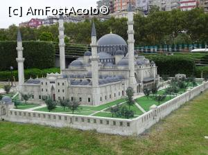 "P29 [NOV-2015] Miniaturk Park Istanbul -- foto by <b>Cris</b> [uploaded 03.03.17] - <span class=""allrVotedi"" id=""av838074"">Foto VOTATĂ de mine!</span><div class=""delVotI"" id=""sv838074""><a href=""/pma_sterge_vot.php?vid=&fid=838074"">Şterge vot</a></div><span id=""v9838074"" class=""displayinline;""> - <a style=""color:red;"" href=""javascript:votez(838074)""><b>LIKE</b> = Votează poza</a><img class=""loader"" id=""f838074Validating"" src=""/imagini/loader.gif"" border=""0"" /><span class=""AjErrMes""  id=""e838074MesajEr""></span>"