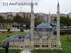 "P08 [NOV-2015] Miniaturk Istanbul -- foto by <b>Cris</b> [uploaded 03.03.17] - <span class=""allrVotedi"" id=""av838053"">Foto VOTATĂ de mine!</span><div class=""delVotI"" id=""sv838053""><a href=""/pma_sterge_vot.php?vid=&fid=838053"">Şterge vot</a></div><span id=""v9838053"" class=""displayinline;""> - <a style=""color:red;"" href=""javascript:votez(838053)""><b>LIKE</b> = Votează poza</a><img class=""loader"" id=""f838053Validating"" src=""/imagini/loader.gif"" border=""0"" /><span class=""AjErrMes""  id=""e838053MesajEr""></span>"