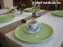 "P01 [MAY-2011] O cafea, o pastila de dureri de cap si...din nou la drum! -- foto by <b>dorgo</b> [uploaded 18.05.11] - <span class=""allrVotedi"" id=""av201791"">Foto VOTATĂ de mine!</span><div class=""delVotI"" id=""sv201791""><a href=""/pma_sterge_vot.php?vid=&fid=201791"">Şterge vot</a></div><span id=""v9201791"" class=""displayinline;""> - <a style=""color:red;"" href=""javascript:votez(201791)""><b>LIKE</b> = Votează poza</a><img class=""loader"" id=""f201791Validating"" src=""/imagini/loader.gif"" border=""0"" /><span class=""AjErrMes""  id=""e201791MesajEr""></span>"