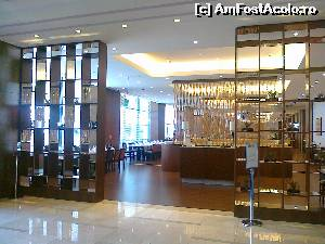 P04 <small>[JUN-2015]</small> DoubleTree by Hilton Hotel & Conference Centre Warsaw - intrarea in restaurant » foto by emp  -  &lt;span class=&quot;allrVoted glyphicon glyphicon-heart hidden&quot; id=&quot;av635547&quot;&gt;&lt;/span&gt; &lt;a class=&quot;m-l-10 hidden&quot; id=&quot;sv635547&quot; onclick=&quot;voting_Foto_DelVot(,635547,18737)&quot; role=&quot;button&quot;&gt;șterge vot &lt;span class=&quot;glyphicon glyphicon-remove&quot;&gt;&lt;/span&gt;&lt;/a&gt; &lt;a id=&quot;v9635547&quot; class=&quot; c-red&quot;  onclick=&quot;voting_Foto_SetVot(635547)&quot; role=&quot;button&quot;&gt;&lt;span class=&quot;glyphicon glyphicon-heart-empty&quot;&gt;&lt;/span&gt; &lt;b&gt;LIKE&lt;/b&gt; = Votează poza&lt;/a&gt; &lt;img class=&quot;hidden&quot;  id=&quot;f635547W9&quot; src=&quot;/imagini/loader.gif&quot; border=&quot;0&quot; /&gt;&lt;span class=&quot;AjErrMes hidden&quot; id=&quot;e635547ErM&quot;&gt;&lt;/span&gt;