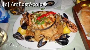 "P02 [JUL-2016] Platoul Mix Fish la Taverna Irene -- foto by <b>eliana77</b> [uploaded 21.06.17] - <span class=""allrVotedi"" id=""av866686"">Foto VOTATĂ de mine!</span><div class=""delVotI"" id=""sv866686""><a href=""/pma_sterge_vot.php?vid=&fid=866686"">Şterge vot</a></div><span id=""v9866686"" class=""displayinline;""> - <a style=""color:red;"" href=""javascript:votez(866686)""><b>LIKE</b> = Votează poza</a><img class=""loader"" id=""f866686Validating"" src=""/imagini/loader.gif"" border=""0"" /><span class=""AjErrMes""  id=""e866686MesajEr""></span>"