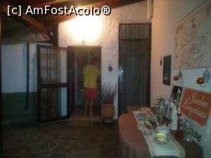 "P03 [SEP-2016] Intrarea in somptuosul San Panteleimon - zona bungalow.  -- foto by <b>valimi</b> [uploaded 28.12.17] - <span class=""allrVotedi"" id=""av932555"">Foto VOTATĂ de mine!</span><div class=""delVotI"" id=""sv932555""><a href=""/pma_sterge_vot.php?vid=&fid=932555"">Şterge vot</a></div><span id=""v9932555"" class=""displayinline;""> - <a style=""color:red;"" href=""javascript:votez(932555)""><b>LIKE</b> = Votează poza</a><img class=""loader"" id=""f932555Validating"" src=""/imagini/loader.gif"" border=""0"" /><span class=""AjErrMes""  id=""e932555MesajEr""></span>"