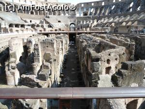 "P02x — Colosseum.  » foto by mihaelavoicu  -  <span class=""allrVoted glyphicon glyphicon-heart hidden"" id=""av933415""></span> <a class=""m-l-10 hidden"" id=""sv933415"" onclick=""voting_Foto_DelVot(,933415,20020)"" role=""button"">șterge vot <span class=""glyphicon glyphicon-remove""></span></a> <a id=""v9933415"" class="" c-red""  onclick=""voting_Foto_SetVot(933415)"" role=""button""><span class=""glyphicon glyphicon-heart-empty""></span> <b>LIKE</b> = Votează poza</a> <img class=""hidden""  id=""f933415W9"" src=""/imagini/loader.gif"" border=""0"" /><span class=""AjErrMes hidden"" id=""e933415ErM""></span>"