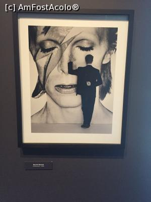 P13 <small>[MAR-2016]</small> David Bowiiiie!  » foto by senateo  -  &lt;span class=&quot;allrVoted glyphicon glyphicon-heart hidden&quot; id=&quot;av722432&quot;&gt;&lt;/span&gt; &lt;a class=&quot;m-l-10 hidden&quot; id=&quot;sv722432&quot; onclick=&quot;voting_Foto_DelVot(,722432,20060)&quot; role=&quot;button&quot;&gt;șterge vot &lt;span class=&quot;glyphicon glyphicon-remove&quot;&gt;&lt;/span&gt;&lt;/a&gt; &lt;a id=&quot;v9722432&quot; class=&quot; c-red&quot;  onclick=&quot;voting_Foto_SetVot(722432)&quot; role=&quot;button&quot;&gt;&lt;span class=&quot;glyphicon glyphicon-heart-empty&quot;&gt;&lt;/span&gt; &lt;b&gt;LIKE&lt;/b&gt; = Votează poza&lt;/a&gt; &lt;img class=&quot;hidden&quot;  id=&quot;f722432W9&quot; src=&quot;/imagini/loader.gif&quot; border=&quot;0&quot; /&gt;&lt;span class=&quot;AjErrMes hidden&quot; id=&quot;e722432ErM&quot;&gt;&lt;/span&gt;