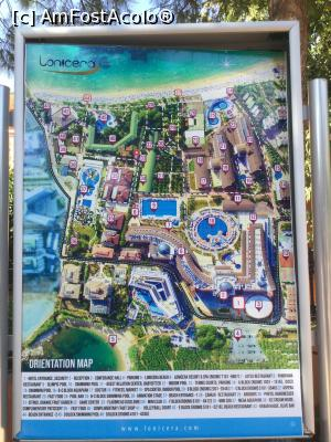 "P39 <small>[SEP-2018]</small> Lonicera Resort & Spa - Planul resortului, afisat in multe locuri avand astfel o orientare in spatiu mai buna » foto by mishu   <span class=""allrVoted glyphicon glyphicon-heart hidden"" id=""av1012256""></span> <a class=""m-l-10 hidden pull-right"" id=""sv1012256"" onclick=""voting_Foto_DelVot(,1012256,21411)"" role=""button"">șterge vot <span class=""glyphicon glyphicon-remove""></span></a> <img class=""hidden pull-right m-r-10 m-l-10""  id=""f1012256W9"" src=""/imagini/loader.gif"" border=""0"" /> <a id=""v91012256"" class="" c-red pull-right""  onclick=""voting_Foto_SetVot(1012256)"" role=""button""><span class=""glyphicon glyphicon-heart-empty""></span> <b>LIKE</b> = Votează poza</a><span class=""AjErrMes hidden"" id=""e1012256ErM""></span>"