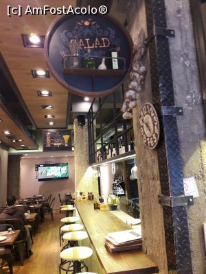 "P13 [JUN-2018] in interiorul restaurantului -- foto by <b>silvia tudoran</b> [uploaded 31.07.18] - <span class=""allrVotedi"" id=""av992583"">Foto VOTATĂ de mine!</span><div class=""delVotI"" id=""sv992583""><a href=""/pma_sterge_vot.php?vid=&fid=992583"">Şterge vot</a></div><span id=""v9992583"" class=""displayinline;""> - <a style=""color:red;"" href=""javascript:votez(992583)""><b>LIKE</b> = Votează poza</a><img class=""loader"" id=""f992583Validating"" src=""/imagini/loader.gif"" border=""0"" /><span class=""AjErrMes""  id=""e992583MesajEr""></span>"