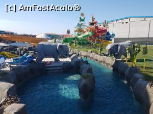 "P36 [JUL-2017] O zona din Lazy River -- foto by <b>tripyy</b> [uploaded 04.08.17] - <span class=""allrVotedi"" id=""av885223"">Foto VOTATĂ de mine!</span><div class=""delVotI"" id=""sv885223""><a href=""/pma_sterge_vot.php?vid=&fid=885223"">Şterge vot</a></div><span id=""v9885223"" class=""displayinline;""> - <a style=""color:red;"" href=""javascript:votez(885223)""><b>LIKE</b> = Votează poza</a><img class=""loader"" id=""f885223Validating"" src=""/imagini/loader.gif"" border=""0"" /><span class=""AjErrMes""  id=""e885223MesajEr""></span>"