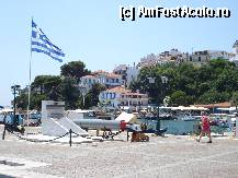 "P14 [JUL-2011] Skiathos Town - iulie 2011 -- foto by <b>ionescunic</b> [uploaded 10.04.12] - <span class=""allrVotedi"" id=""av308113"">Foto VOTATĂ de mine!</span><div class=""delVotI"" id=""sv308113""><a href=""/pma_sterge_vot.php?vid=&fid=308113"">Şterge vot</a></div><span id=""v9308113"" class=""displayinline;""> - <a style=""color:red;"" href=""javascript:votez(308113)""><b>LIKE</b> = Votează poza</a><img class=""loader"" id=""f308113Validating"" src=""/imagini/loader.gif"" border=""0"" /><span class=""AjErrMes""  id=""e308113MesajEr""></span>"