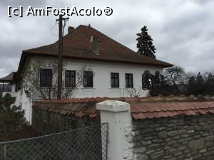 "P05 [NOV-2016] Casa Memoriala Iorga vazuta din lateral -- foto by <b>Dan&Ema</b> [uploaded 12.03.17] - <span class=""allrVotedi"" id=""av840139"">Foto VOTATĂ de mine!</span><div class=""delVotI"" id=""sv840139""><a href=""/pma_sterge_vot.php?vid=&fid=840139"">Şterge vot</a></div><span id=""v9840139"" class=""displayinline;""> - <a style=""color:red;"" href=""javascript:votez(840139)""><b>LIKE</b> = Votează poza</a><img class=""loader"" id=""f840139Validating"" src=""/imagini/loader.gif"" border=""0"" /><span class=""AjErrMes""  id=""e840139MesajEr""></span>"