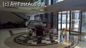 "P03 [MAR-2017] Lobby Zhong Xiang Hotel Shanghai -- foto by <b>AZE</b> [uploaded 02.04.17] - <span class=""allrVotedi"" id=""av844493"">Foto VOTATĂ de mine!</span><div class=""delVotI"" id=""sv844493""><a href=""/pma_sterge_vot.php?vid=&fid=844493"">Şterge vot</a></div><span id=""v9844493"" class=""displayinline;""> - <a style=""color:red;"" href=""javascript:votez(844493)""><b>LIKE</b> = Votează poza</a><img class=""loader"" id=""f844493Validating"" src=""/imagini/loader.gif"" border=""0"" /><span class=""AjErrMes""  id=""e844493MesajEr""></span>"
