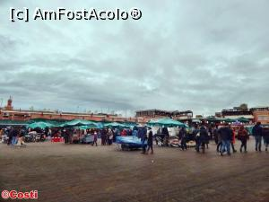 "P23 [FEB-2017] Un colț din piața Jemaa-el-Fna -- foto by <b>Costi</b> [uploaded 09.04.17] - <span class=""allrVotedi"" id=""av845939"">Foto VOTATĂ de mine!</span><div class=""delVotI"" id=""sv845939""><a href=""/pma_sterge_vot.php?vid=&fid=845939"">Şterge vot</a></div><span id=""v9845939"" class=""displayinline;""> - <a style=""color:red;"" href=""javascript:votez(845939)""><b>LIKE</b> = Votează poza</a><img class=""loader"" id=""f845939Validating"" src=""/imagini/loader.gif"" border=""0"" /><span class=""AjErrMes""  id=""e845939MesajEr""></span>"