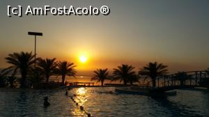 P01 <small>[înc: 21.11.17]</small> Apus de soare la Marea Moartă
