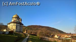 "P04 [OCT-2017] Biserica ortodoxă din Șeica Mare -- foto by <b>AZE</b> [uploaded 29.10.17] - <span class=""allrVotedi"" id=""av916248"">Foto VOTATĂ de mine!</span><div class=""delVotI"" id=""sv916248""><a href=""/pma_sterge_vot.php?vid=&fid=916248"">Şterge vot</a></div><span id=""v9916248"" class=""displayinline;""> - <a style=""color:red;"" href=""javascript:votez(916248)""><b>LIKE</b> = Votează poza</a><img class=""loader"" id=""f916248Validating"" src=""/imagini/loader.gif"" border=""0"" /><span class=""AjErrMes""  id=""e916248MesajEr""></span>"