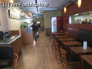 "P07 [NOV-2018] Subway - De obicei este plin dar atunci nu as putea face poze, asa ca am profitat de momentul in care era mai gol -- foto by <b>mishu</b> [uploaded 22.11.18] - <span class=""allrVotedi"" id=""av1034448"">Foto VOTATĂ de mine!</span><div class=""delVotI"" id=""sv1034448""><a href=""/pma_sterge_vot.php?vid=&fid=1034448"">Şterge vot</a></div><span id=""v91034448"" class=""displayinline;""> - <a style=""color:red;"" href=""javascript:votez(1034448)""><b>LIKE</b> = Votează poza</a><img class=""loader"" id=""f1034448Validating"" src=""/imagini/loader.gif"" border=""0"" /><span class=""AjErrMes""  id=""e1034448MesajEr""></span>"