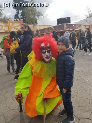 "P12 [OCT-2017] Halloween party - Walibi -- foto by <b>andreea_c</b> [uploaded 05.02.18] - <span class=""allrVotedi"" id=""av942489"">Foto VOTATĂ de mine!</span><div class=""delVotI"" id=""sv942489""><a href=""/pma_sterge_vot.php?vid=&fid=942489"">Şterge vot</a></div><span id=""v9942489"" class=""displayinline;""> - <a style=""color:red;"" href=""javascript:votez(942489)""><b>LIKE</b> = Votează poza</a><img class=""loader"" id=""f942489Validating"" src=""/imagini/loader.gif"" border=""0"" /><span class=""AjErrMes""  id=""e942489MesajEr""></span>"