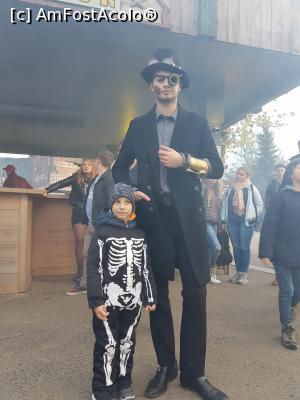 "P17 [OCT-2017] Halloween party - Walibi -- foto by <b>andreea_c</b> [uploaded 05.02.18] - <span class=""allrVotedi"" id=""av942496"">Foto VOTATĂ de mine!</span><div class=""delVotI"" id=""sv942496""><a href=""/pma_sterge_vot.php?vid=&fid=942496"">Şterge vot</a></div><span id=""v9942496"" class=""displayinline;""> - <a style=""color:red;"" href=""javascript:votez(942496)""><b>LIKE</b> = Votează poza</a><img class=""loader"" id=""f942496Validating"" src=""/imagini/loader.gif"" border=""0"" /><span class=""AjErrMes""  id=""e942496MesajEr""></span>"