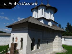 Despre noi – SPITALUL UNIVERSITAR DE URGENȚĂ ELIAS - Tratament comun în mănăstiri
