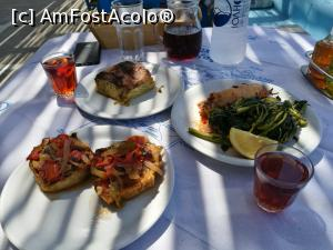 "P40 <small>[AUG-2018]</small> Taverna Efthimis, plaja Taxiarches - papa super-bun!  » foto by crismis   <span class=""allrVoted glyphicon glyphicon-heart hidden"" id=""av1035021""></span> <a class=""m-l-10 hidden pull-right"" id=""sv1035021"" onclick=""voting_Foto_DelVot(,1035021,24617)"" role=""button"">șterge vot <span class=""glyphicon glyphicon-remove""></span></a> <img class=""hidden pull-right m-r-10 m-l-10""  id=""f1035021W9"" src=""/imagini/loader.gif"" border=""0"" /> <a id=""v91035021"" class="" c-red pull-right""  onclick=""voting_Foto_SetVot(1035021)"" role=""button""><span class=""glyphicon glyphicon-heart-empty""></span> <b>LIKE</b> = Votează poza</a><span class=""AjErrMes hidden"" id=""e1035021ErM""></span>"