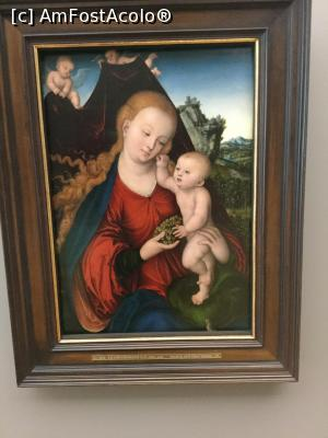 "P40 <small>[DEC-2018]</small> Vechea Pinacoteca, Munchen - Lukas Cranach, Maria cu pruncul » foto by mishu   <span class=""allrVoted glyphicon glyphicon-heart hidden"" id=""av1038461""></span> <a class=""m-l-10 hidden pull-right"" id=""sv1038461"" onclick=""voting_Foto_DelVot(,1038461,24660)"" role=""button"">șterge vot <span class=""glyphicon glyphicon-remove""></span></a> <img class=""hidden pull-right m-r-10 m-l-10""  id=""f1038461W9"" src=""/imagini/loader.gif"" border=""0"" /> <a id=""v91038461"" class="" c-red pull-right""  onclick=""voting_Foto_SetVot(1038461)"" role=""button""><span class=""glyphicon glyphicon-heart-empty""></span> <b>LIKE</b> = Votează poza</a><span class=""AjErrMes hidden"" id=""e1038461ErM""></span>"