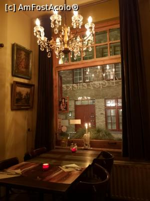 "P08 [FEB-2019] Restaurant 't Gezelleke; interior -- foto by <b>crismis</b> [uploaded 16.04.19] - <span class=""allrVotedi"" id=""av1065292"">Foto VOTATĂ de mine!</span><div class=""delVotI"" id=""sv1065292""><a href=""/pma_sterge_vot.php?vid=&fid=1065292"">Şterge vot</a></div><span id=""v91065292"" class=""displayinline;""> - <a style=""color:red;"" href=""javascript:votez(1065292)""><b>LIKE</b> = Votează poza</a><img class=""loader"" id=""f1065292Validating"" src=""/imagini/loader.gif"" border=""0"" /><span class=""AjErrMes""  id=""e1065292MesajEr""></span>"