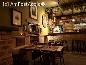 "P09 [FEB-2019] Restaurant 't Gezelleke; interior -- foto by <b>crismis</b> [uploaded 16.04.19] - <span class=""allrVotedi"" id=""av1065293"">Foto VOTATĂ de mine!</span><div class=""delVotI"" id=""sv1065293""><a href=""/pma_sterge_vot.php?vid=&fid=1065293"">Şterge vot</a></div><span id=""v91065293"" class=""displayinline;""> - <a style=""color:red;"" href=""javascript:votez(1065293)""><b>LIKE</b> = Votează poza</a><img class=""loader"" id=""f1065293Validating"" src=""/imagini/loader.gif"" border=""0"" /><span class=""AjErrMes""  id=""e1065293MesajEr""></span>"