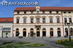 "P01 [APR-2019] Carei, Hotel Central, Fațada deosebită -- foto by <b>mprofeanu</b> [uploaded 23.05.19] - <span class=""allrVotedi"" id=""av1072503"">Foto VOTATĂ de mine!</span><div class=""delVotI"" id=""sv1072503""><a href=""/pma_sterge_vot.php?vid=&fid=1072503"">Şterge vot</a></div><span id=""v91072503"" class=""displayinline;""> - <a style=""color:red;"" href=""javascript:votez(1072503)""><b>LIKE</b> = Votează poza</a><img class=""loader"" id=""f1072503Validating"" src=""/imagini/loader.gif"" border=""0"" /><span class=""AjErrMes""  id=""e1072503MesajEr""></span>"