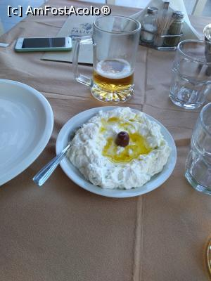 "P06 <small>[SEP-2019]</small> Palivos Grill House, salata și berea » foto by Dragos  -  <span class=""allrVoted glyphicon glyphicon-heart hidden"" id=""av1151725""></span> <a class=""m-l-10 hidden"" id=""sv1151725"" onclick=""voting_Foto_DelVot(,1151725,0)"" role=""button"">șterge vot <span class=""glyphicon glyphicon-remove""></span></a> <a id=""v91151725"" class="" c-red""  onclick=""voting_Foto_SetVot(1151725)"" role=""button""><span class=""glyphicon glyphicon-heart-empty""></span> <b>LIKE</b> = Votează poza</a> <img class=""hidden""  id=""f1151725W9"" src=""/imagini/loader.gif"" border=""0"" /><span class=""AjErrMes hidden"" id=""e1151725ErM""></span>"